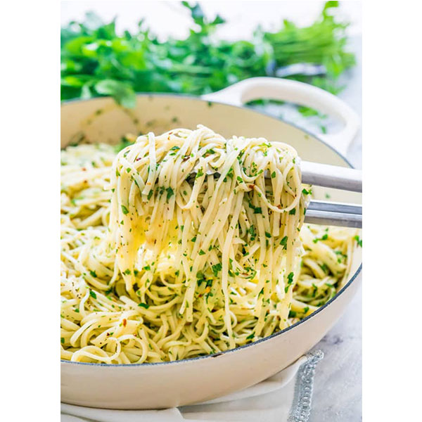 Garlic and Olive Oil Pasta